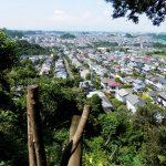 【鎌倉~横浜×シン・ゴジラ】里山「円海山」に、ゴジラが蹴散らしてった町並みを見下ろせるビューポイントがあります