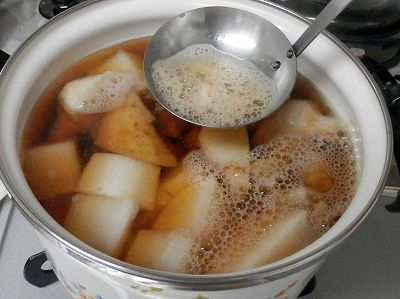 煮物の鍋2