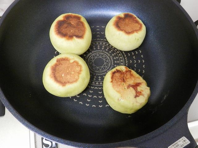 青りんごパン焼成
