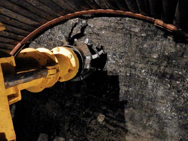 模擬坑道内部2