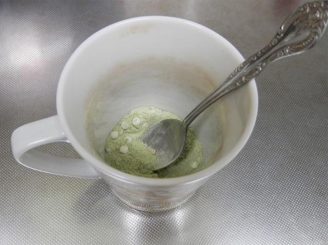 ミルク茶用のうす茶あられ
